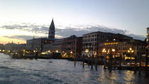 Private Tour: Venice Walk, Gondola, and Private Boat Tour ending on Murano Island with Venetian ...