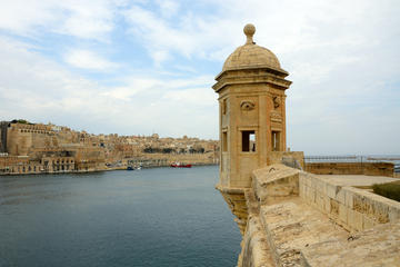 self guided walking tour of valletta
