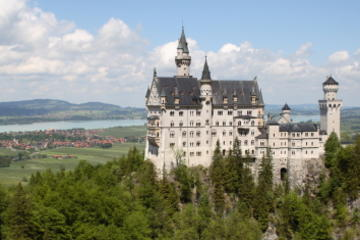 4-Day Tour from Frankfurt to Munich: Romantic Road, Rothenburg, Augsburg, Neuschwanstein Castle