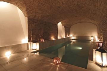 Seville City Tour and Thermal Baths Ticket