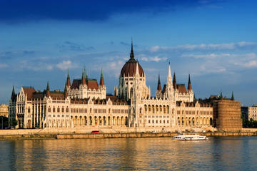 Budapest Combo: Hop-On Hop-Off Tour, Sightseeing Cruise on the Danube, coffee and cake in Historical Cafe Gerbeaud and a Typical Hungarian Meal