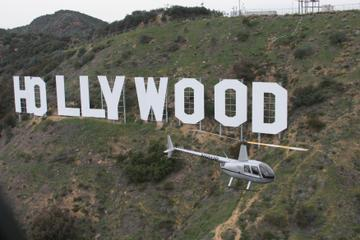 Los Angeles Shore Excursion: Pre- or Post-Cruise Hollywood Strip Helicopter Tour