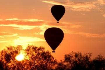 Sunrise Ballooning in Alice Springs