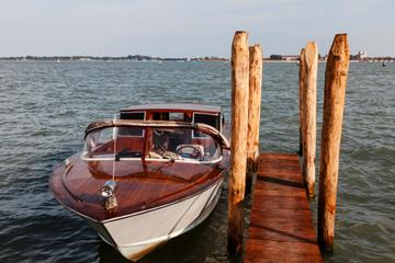 Shared Arrival Transfer: Venice Train or Bus Station to Venice Hotels