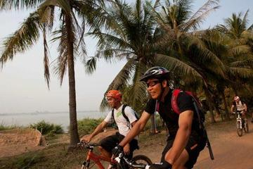 Angkor Wat Walking & Biking Tours