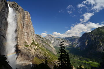 Yosemite Trip from San Francisco with Overnight Stay at Ahwahnee Hotel