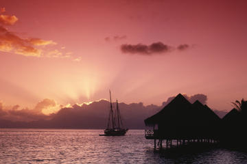 Moorea Sunset Cocktail Cruise