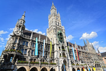 Munich Super Saver: Paulaner Brewery and Beer Tour plus Express Hop-On Hop-Off Tour