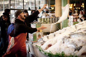 Viator Exclusive: Early-Access Food Tour of Pike Place Market