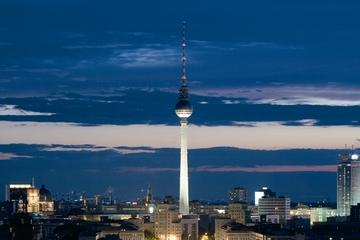 Berlin Supersaver: Hop-on Hop-off City Tour and Skip the Line Entry to TV Tower