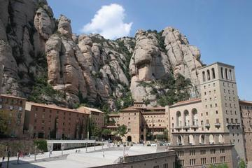 Montserrat and Cava Trail Private Day Trip from Barcelona