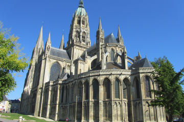 Private Tour: Caen Sightseeing and Bayeux Day Trip from Caen
