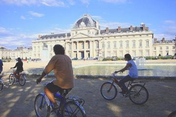 Paris Super Saver: Day Bike Tour, Evening Bike Tour and Seine River Cruise