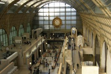 Skip the Line: Musée d'Orsay Small-Group Walking Tour