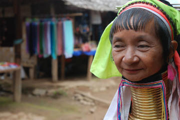 Long-Neck Karen Hill Tribe Tour Including Elephant Ride from Chiang Mai