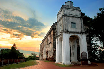 Private 4-Day Malacca and Kuala Lumpur Tour from Singapore Including Batu Caves