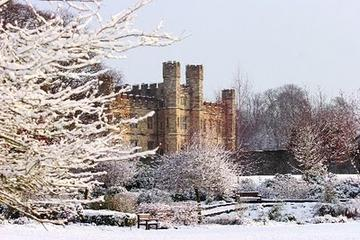 Boxing Day Tour from London: Leeds Castle, Canterbury, Dover and Greenwich