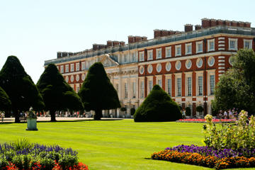 Windsor Castle and Hampton Court Palace Day Trip from London