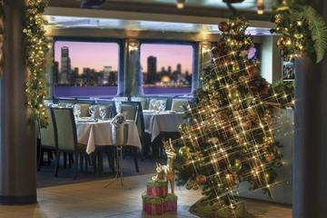 Book Exclusive: Luxury Christmas Eve Dinner Cruise in New York City Now!
