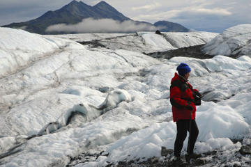 Juneau Shore Excursion: Mendenhall Glacier Hike with a Private Guide