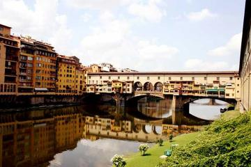 VIP Experience: Uffizi Gallery and Vasari Corridor Walking Tour Including Terrace Breakfast