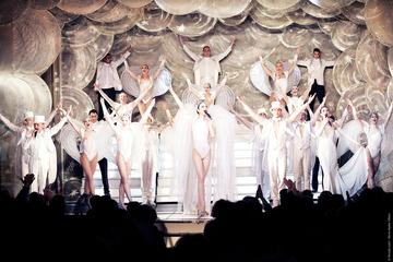 Paris Paradis Latin: New Year's Eve Dinner and Show