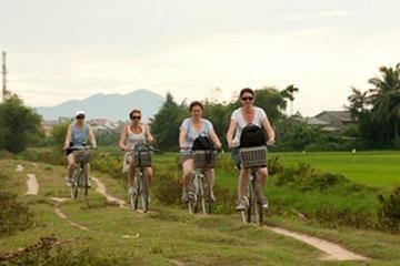 Hoi An Countryside Bike Tour Including Thu Bon River Cruise