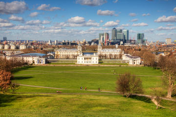 Greenwich Tour including Thames Cruise from Central London with German Language Guide