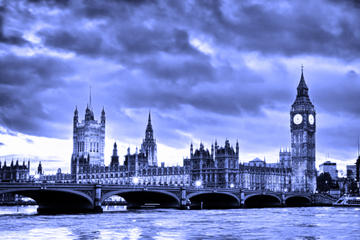 Ghost Walking Tour of London Including River Thames Boat Ride