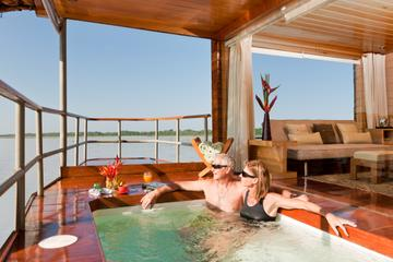 4-Day Amazon River Luxury Cruise from Iquitos on the 'Delfin II'