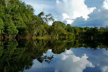 Iquitos Round-Trip Transfer: Cruise Port to Iquitos Hotels