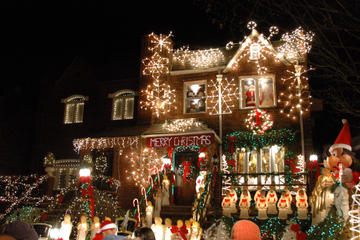 Picture of Brooklyn Christmas Lights Tour of Dyker Heights