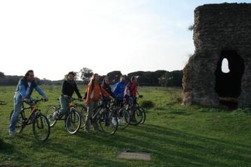 Ancient Appian Way and Roman Countryside Bike Tour with Dutch-Speaking Guide