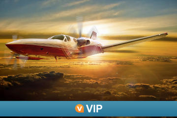 Viator VIP: Las Vegas Scenic Flight by Private Plane with 3-Course Dinner