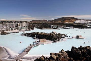 3-Day Hiking and Hot Springs Winter Adventure Tour from  Reykjavik Including Golden Circle and Blue Lagoon