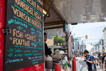 Vancouver Shore Excursion: Small-Group Food Trucks Tour