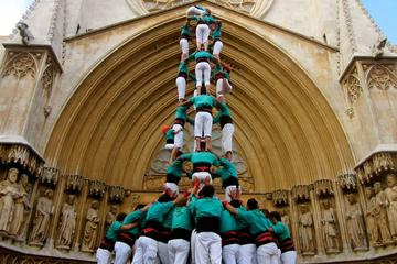 Catalan Culture Half-Day Tour from Barcelona: Wine and Cava Tasting and Human Tower Festival