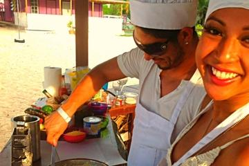 Bahamian Beachside Cooking and Cocktail Class in Nassau