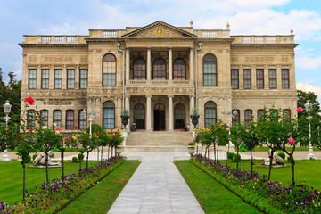 Dolmabahce Palace Tour in Istanbul