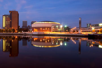 Belfast Sightseeing Cruise: Titanic Quarter and River Lagan