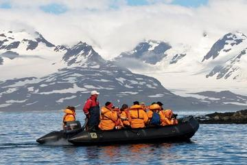 Best 14-Day Antarctica Cruise from Ushuaia: Antarctic Peninsula, South Shetland Islands and the Antarctic Circle