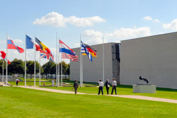 Mémorial de Caen Museum Admission and Guided Tour of D-Day Sites from Caen