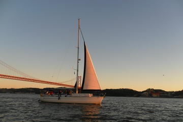 Private Tour: Tagus River Sunset Cruise in Lisbon