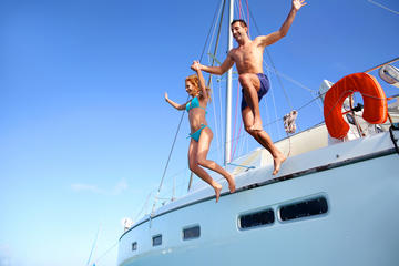 3-Day Whitsunday Islands Luxury Sailing Experience