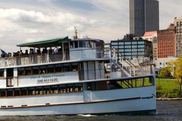 Picture of Hudson River Sightseeing Cruise from Albany
