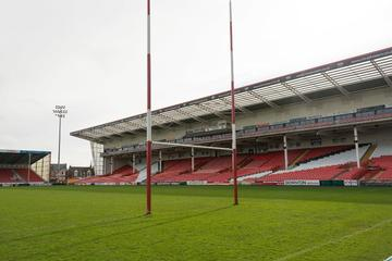 Private Minivan Transfer: Rugby World Cup at Kingsholm Stadium from London