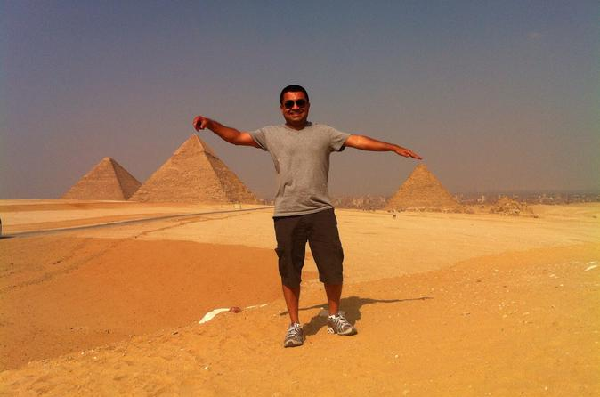 Full-Day Giza Pyramids and Cairo Tour