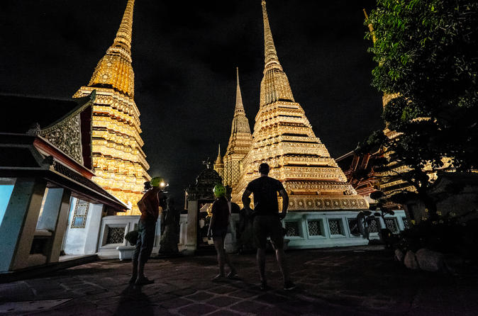 Small-Group Bangkok Night Bike Tour Including Food Tasting