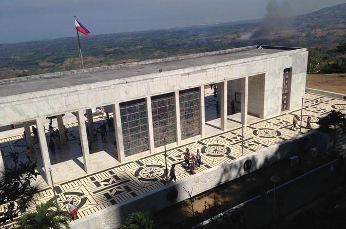 WWII Historical Landmarks Day Tour of Bataan from Manila