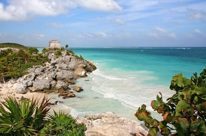 Private tour to Tulum and Cenote with Mayan Lunch